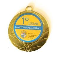 Medalla de metal dorada